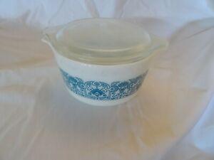 Vintage Pyrex Turquoise White horizon blue Print 473 1qt. Casserole Dish w/lid