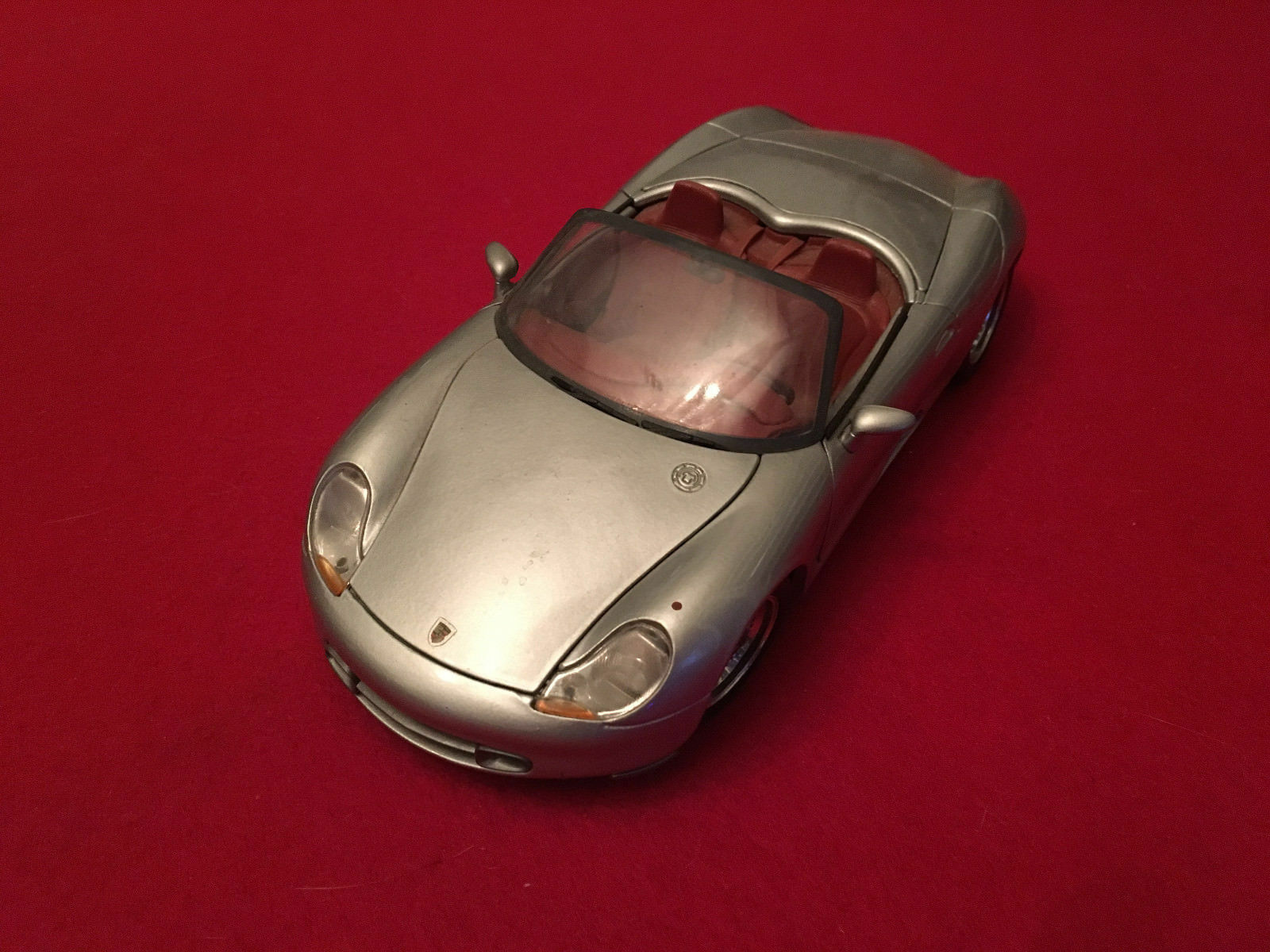 Porsche Boxter  1 18 Maisto