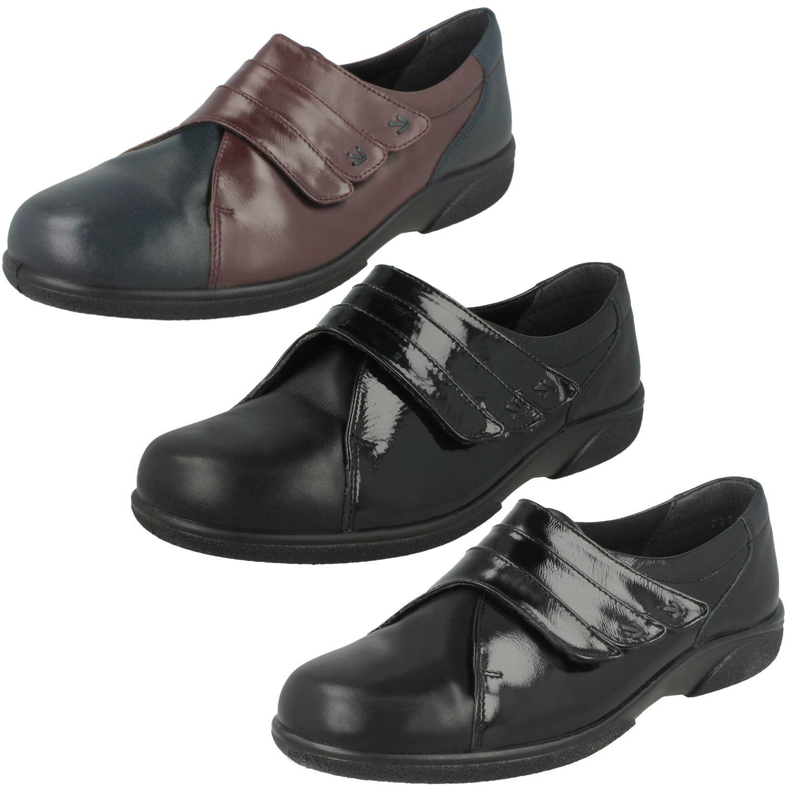 Damas Zapatos planos de montaje montaje montaje fácil de Ancho B 'Bakewell'  de moda