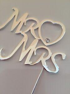 M.//Mme avec cœur en Argent Mariage Anniversaire Saint-Valentin Cake Topper Pick