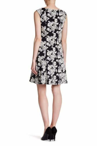 ADRIANNA PAPELL Black /& White Sleeveless Flare Dress Floral Size 14 NWT NEW