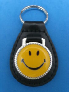 Logique Smiley Face En Cuir Noir Porte-clés Keyfob Jaune #185-afficher Le Titre D'origine