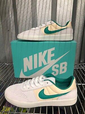 Nike SB Team Classic Skate Shoes Photon