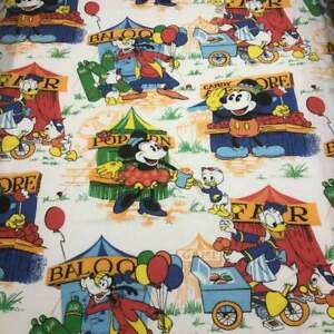 Vtg-Mickey-Mouse-amp-Friends-At-The-Fair-Curtain-Panels-And-Twin-Size-Bed-Cover