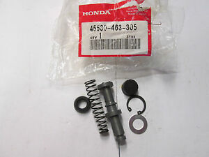 HONDA-MASTER-CYCLINDER-PISTON-SET-45530-463-305