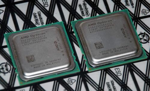 1 of 1 - Pair 2x AMD Opteron 2220 CPU Processor 2.8GHz Dual-Core Socket F - OSA2220GAA6CX