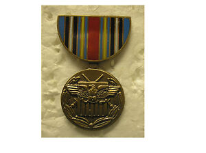 MILITARY-MEDAL-HAT-PIN-GLOBAL-WAR-ON-TERRORISM-GWOT-EXPEDITIONARY-MEDAL