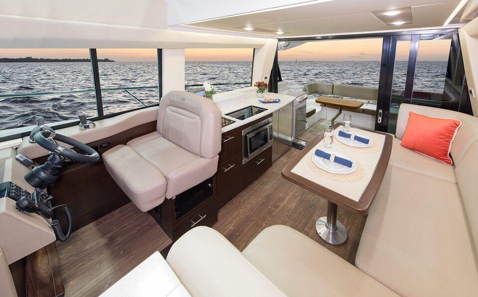 Regal 42 Fly IPS 500, Motorbåd, årg. 2018