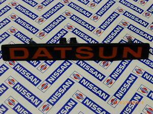 Original-Datsun-Nissan-Schriftzug-62390-M7960