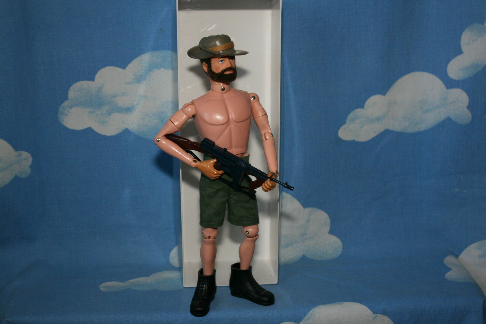 ORIGINAL VINTAGE ACTION MAN DESERT FIGHTER WITH DISPLAY BOX CB10194