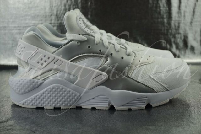 half off 75407 66a1b Nike Air Huarache Run White Metallic Silver 318429 108 Men Sz 9.5 for sale  online   eBay