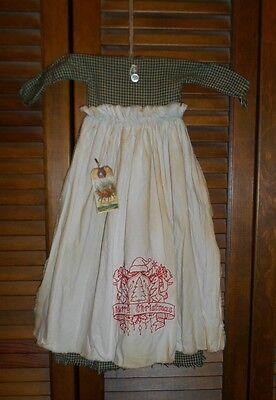 Primitive Wall Decor Dress GREEN CHECK W/APRON, Christmas Crest, Reindeer,Grungy