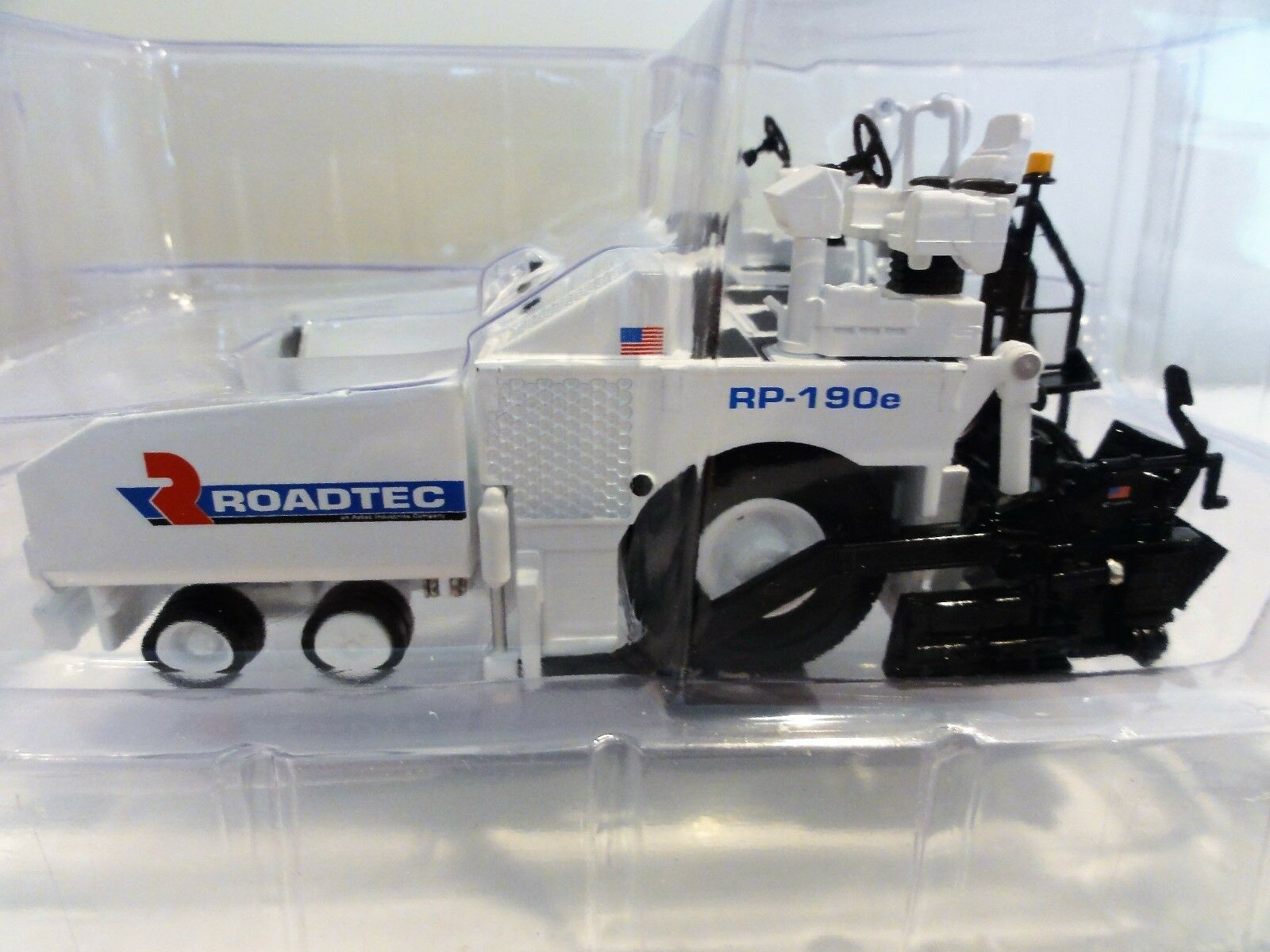 ROADTEC First Gear ROADTEC RP-190e roue paver - 1 50 -  NEW IN BOX