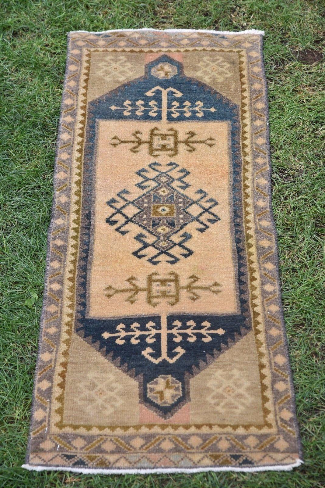 Small Rug, affordable vintage rugs , Door Mat Rug, Bath Rug 46x110cm 1'6x3'7