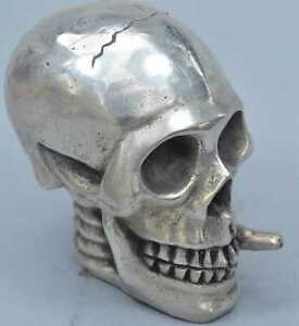 China-Collectable-Handwork-Miao-Silver-Carve-Smoking-Ghost-Skull-Souvenir-Statue