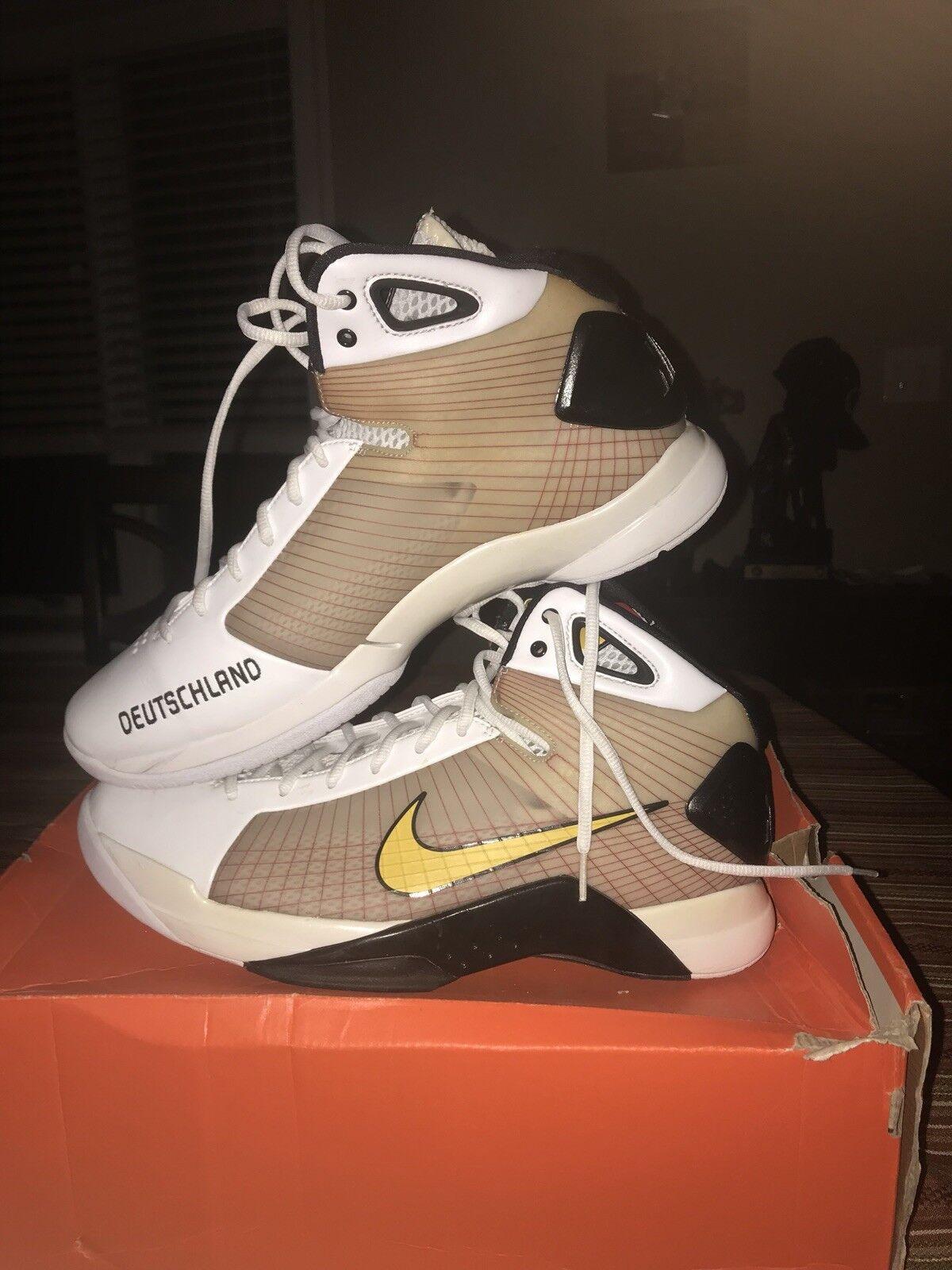 Nike Hyperdunk Supreme Germany Size 13