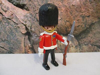 (b 4/29) 5243 Boys Serie 3 Royal Guard Protezione Soldato Casa Delle Bambole
