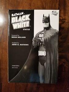 Image is loading DC-Direct-Batman-Black-amp-White-Statue-Bolland- 02e2946e462a