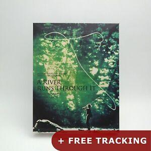 Un-rio-se-ejecuta-a-traves-de-el-con-Slipcover-Blu-ray-folleto-Tarjetas