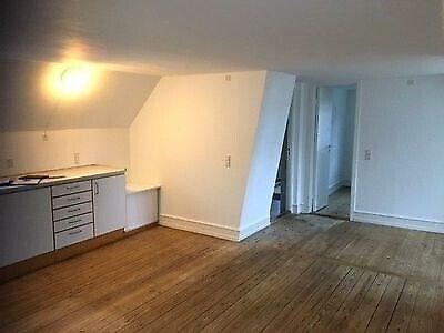 4930 vær. 2 lejlighed, m2 52, Suhrs Gade