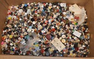 17-pounds-vintage-clothing-buttons-Nice-Estates-Lot