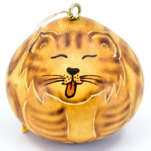 Handcrafted-Carved-Gourd-Art-Licking-Cat-Kitten-Kitty-Ornament-Made-in-Peru