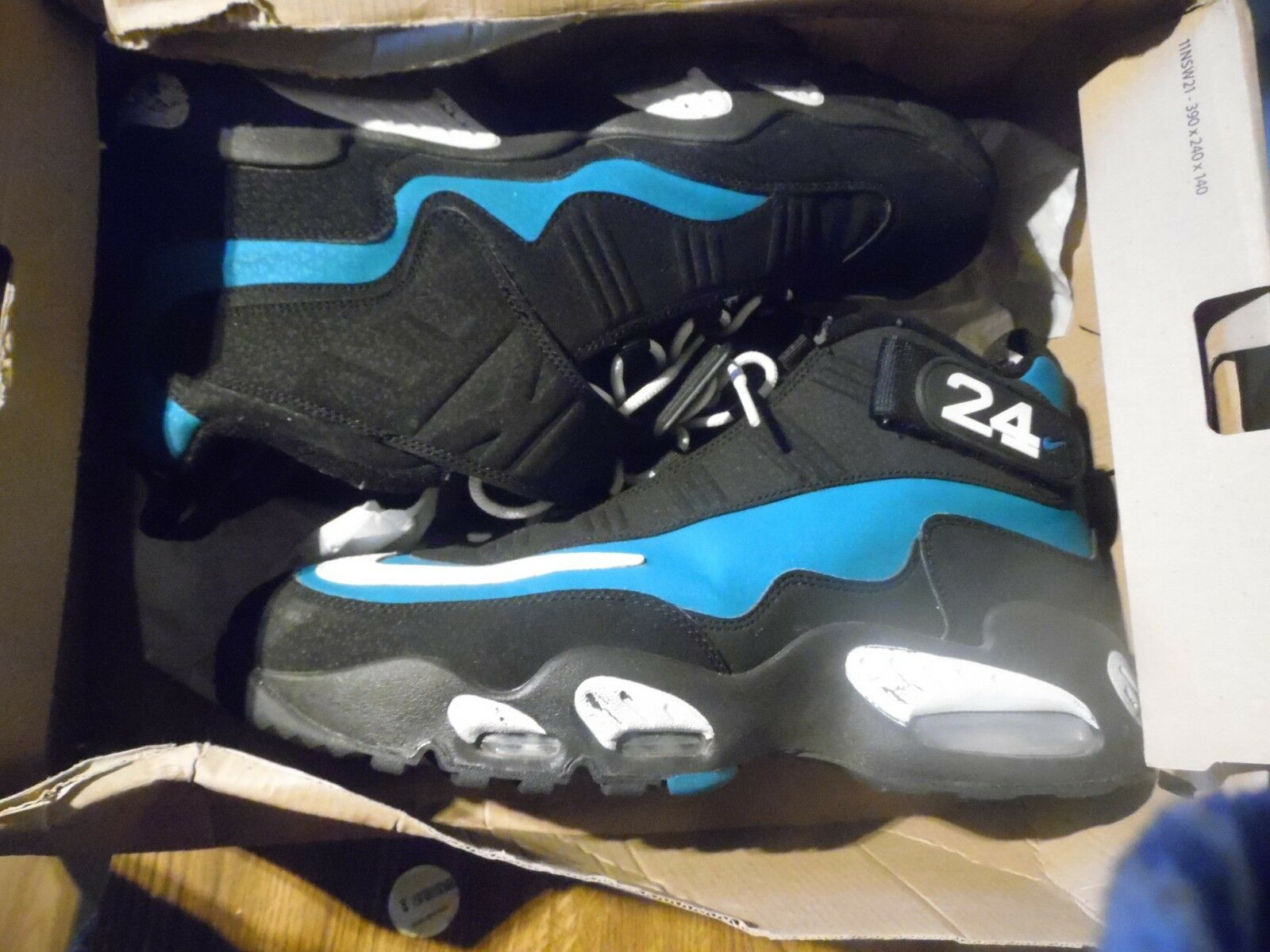 Chaussure de basket-ball Nike Air Blake Griffey Max 1 Taille 11 1/2 354912 pour hommes