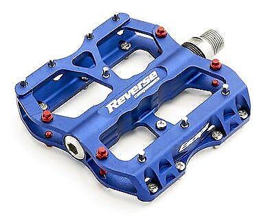1 Satz Reverse Escape Escape Escape Pedale BLAU rote pins DH FX MTB flat-   fahrradpedal da7f36