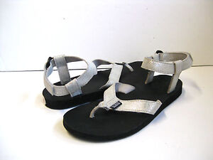370b7c9aad8c Image is loading Teva-Original-Universal-Leather-Metallic-Women-Sandal -Sliver-