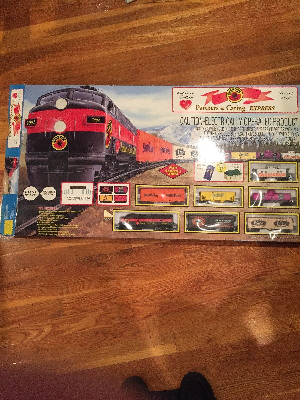Electric train set Collectors Edition - Shop Rite 89x 38 Sunkist Planters