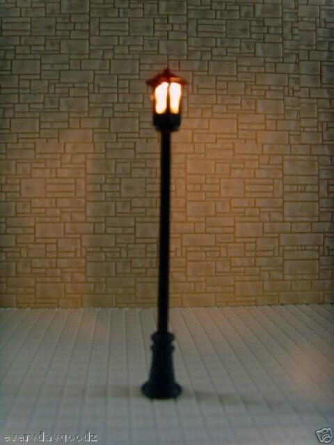 LT15-10pcs Scale Train Scenery Layout Model Lampposts Lamps HO TT