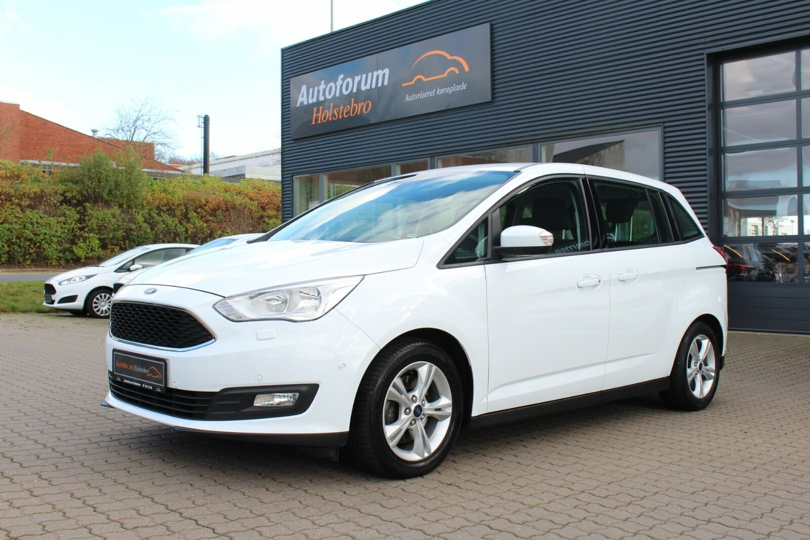 Ford Grand C-MAX 1,5 TDCi 120 Business 5d - 159.800 kr.