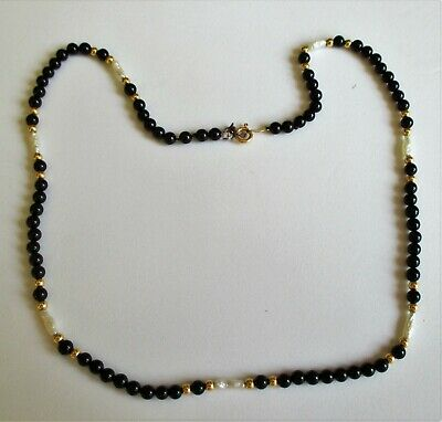 18 Fine Round Freshwater Pearl Necklace Vintage 14K Clasp