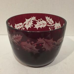 Ruby-Glass-Vase-Older-Teleflora-Holiday-Etched-Holly-and-Berries-5-034-x-6-034