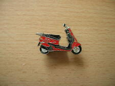 Pin Pin Yamaha Zest red red Scooter Art. 0392
