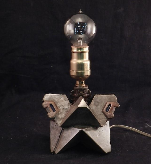 Destiny GhostSolid BRONZE METAL Steampunk LampSpace Age LightGeometric