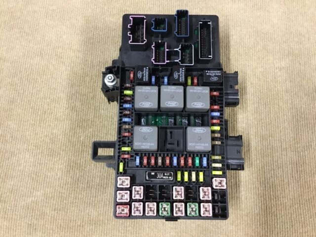 2006 Ford Expedition Navigator Fuse Box 6l1t