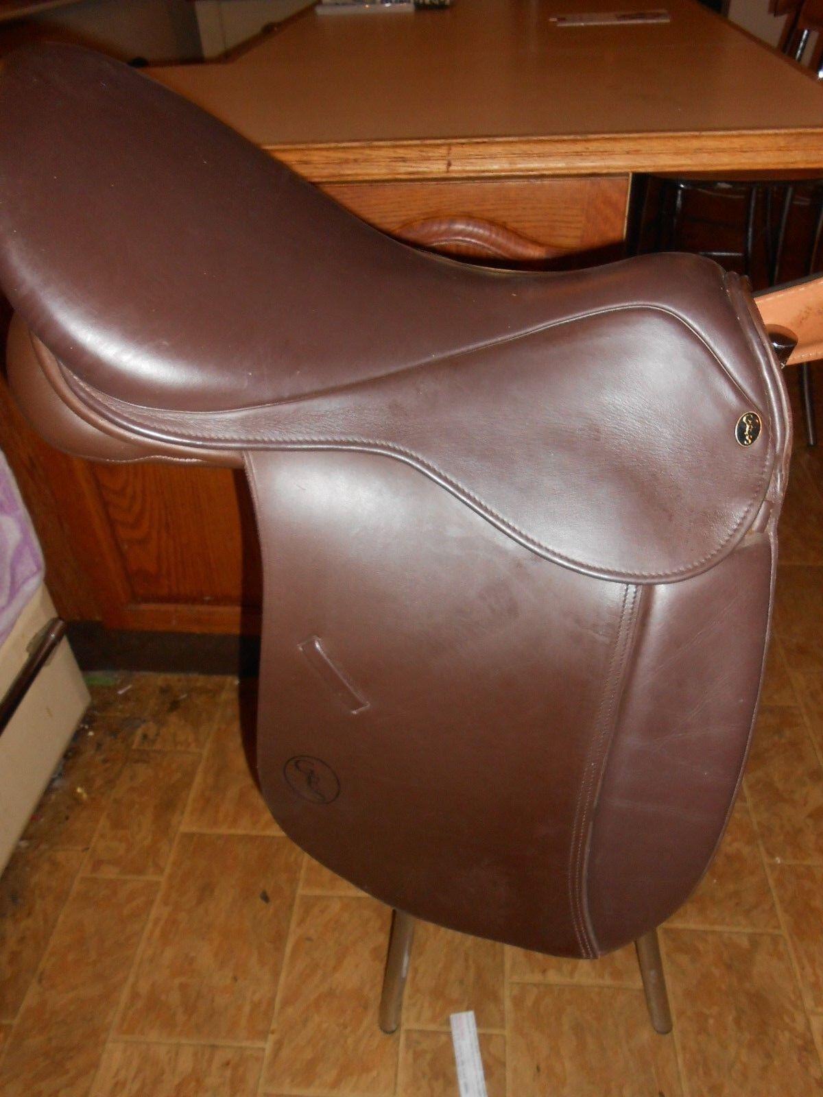 GFS 18 inch  havanna Show   worker  Saddle