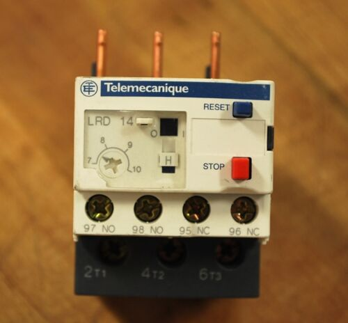Telemecanique LRD14 7-10Amp Overload Relay USED