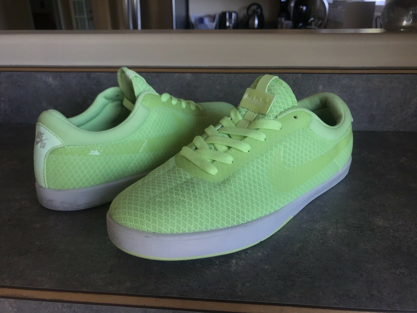 05f111376fcc 8.5 Nike Koston 1 Rare neon green green green b759b2 - clothing ...
