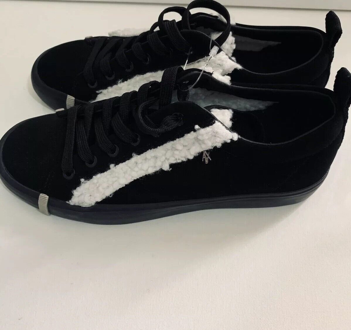 New New New Armani Exchange AX Womens LACE  UP SNEAKER fa2f97