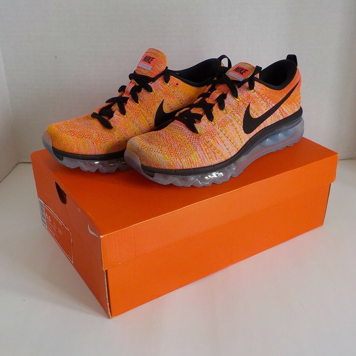 Nike FLYKNIT MAX Running Shoes HOT PUNCH 620659 406 WOMAN 8.5 Fast Ship NIB 225