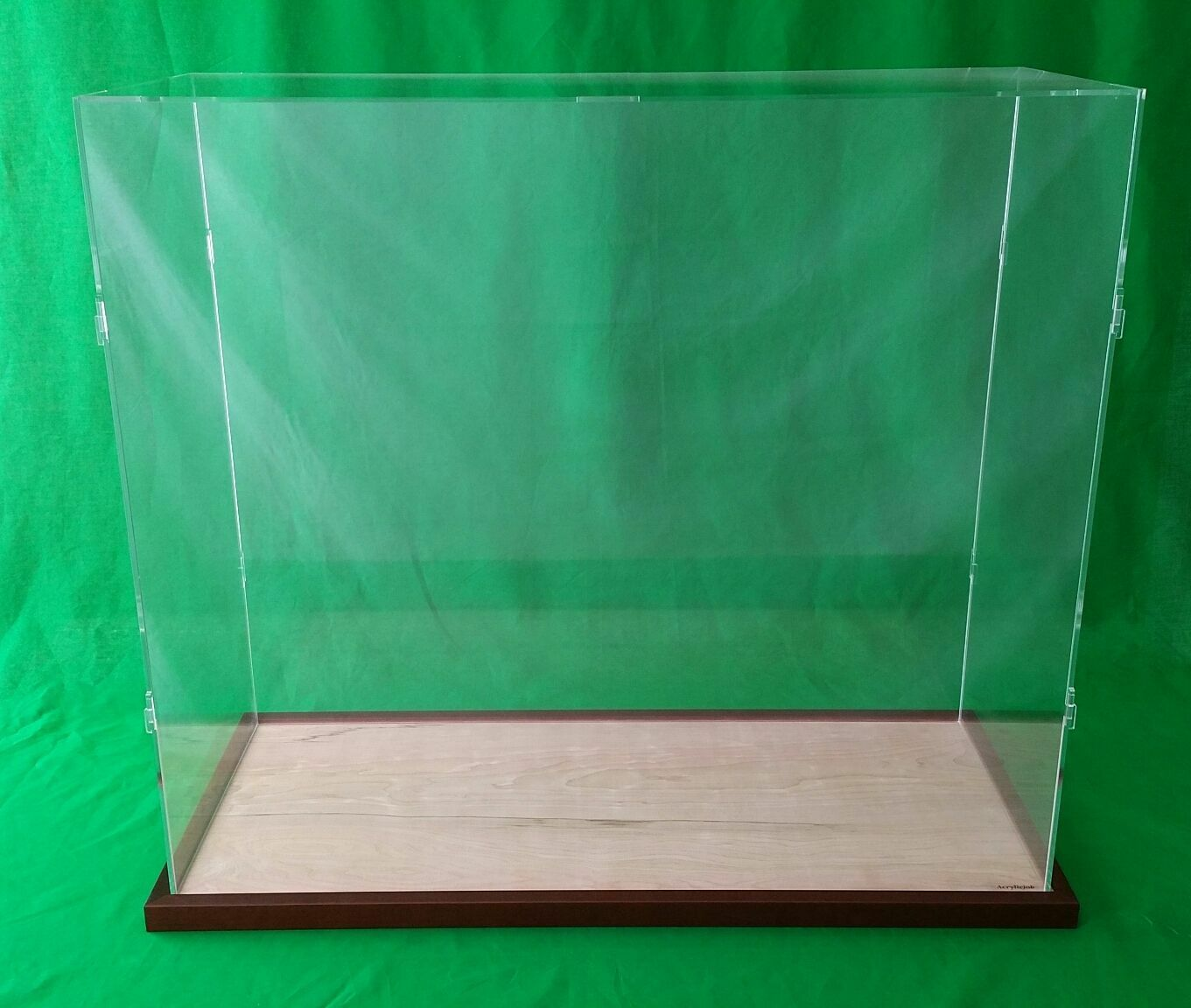 23 x10 x20  Table Top Display Case Box for Ocean Liner Cruise Ships Collectibles
