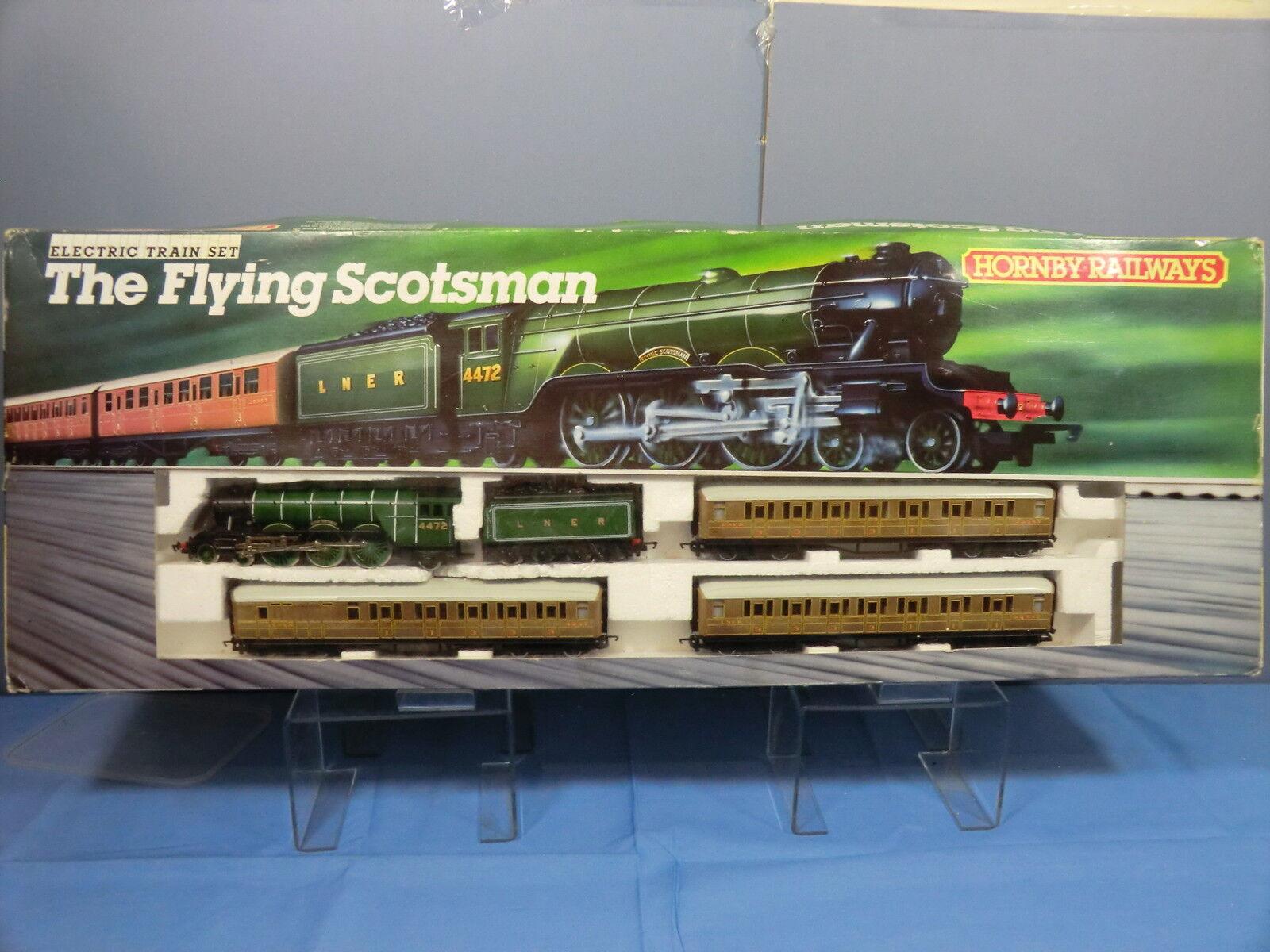 HORNBY RAILWAYS MODEL No.778 LNER FLYING SCOTSMAN PASSENGER TRAIN  SET VN MIB