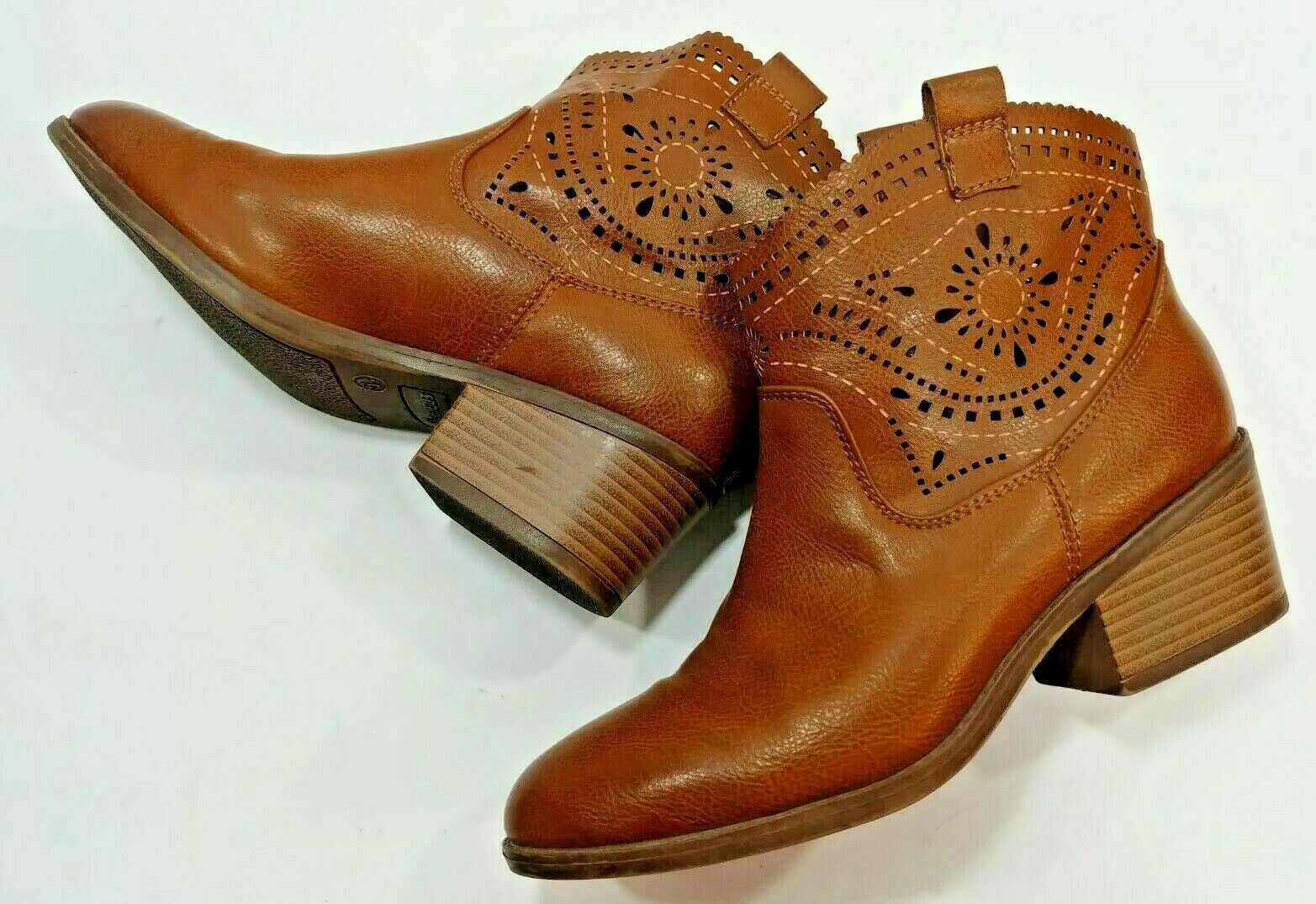 Fergalicious by Fergie Pull On Ankle Boots Booties Boho Brown shoes Women's 5.5M