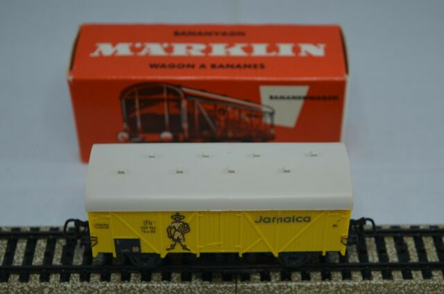Marklin HO 4509 Yellow Jamaica Banana 4 Wheel Freight Wagon  (In Red Box)