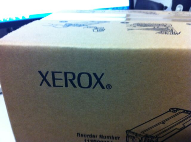 Original Xerox Tektronix 016194500 Toner Magenta Phaser 7700 New B
