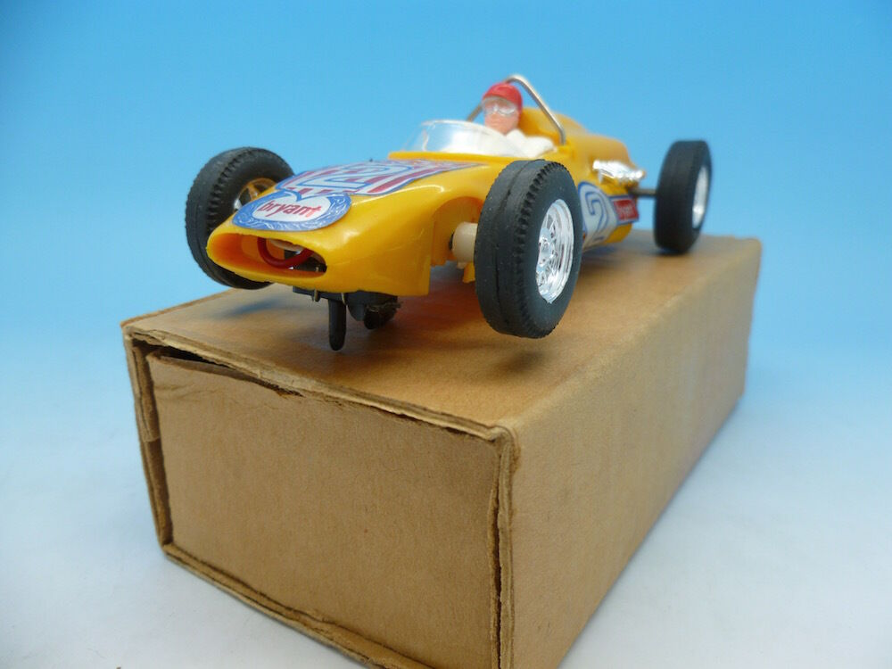 C80 Scalextric Offenhauser in yellow mint unused in export box