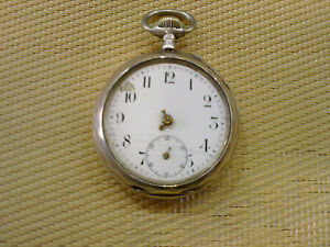 VINTAGE-SILVER-POCKET-WATCH