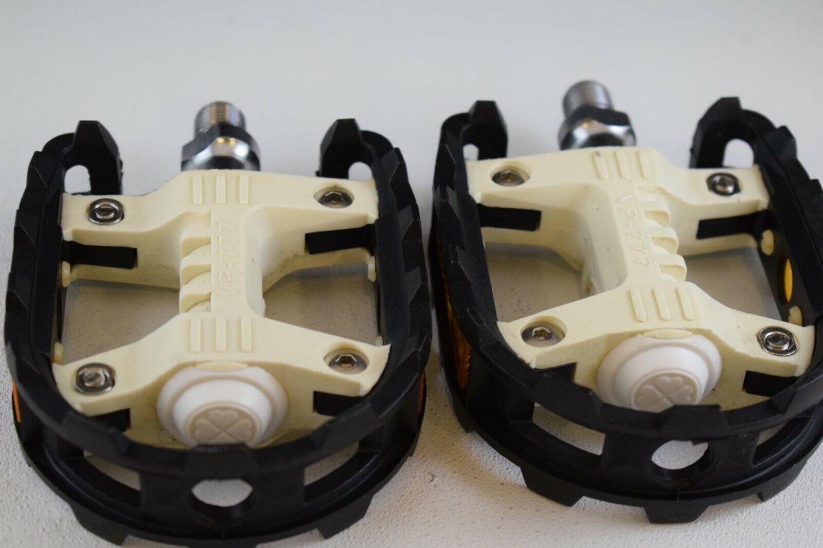 VP 777 1 2'' pedal set old school bmx chrome axle negro blancooo plastic body NOS